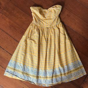 Anthropologie {Girls from Savoy} strapless dress